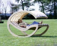 Кровать-качалка для отдыха из листа фанеры своими руками