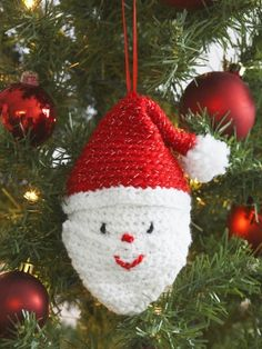 Santa's Head   Yarn   Free Knitting Patterns   Crochet Patterns   Yarnspirations