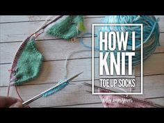 Best knitting socks for beginners magic loop patterns 15 ideas Magic Loop Knitting, Cast On Knitting, Circular Knitting Needles, Knitting Stitches, Knitting Socks, Hand Knitting, Knitting Help, Start Knitting, Knitting Kits