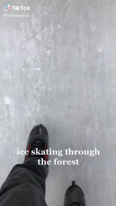 Ice Skating Funny, Ice Skating Videos, Ice Skating Pictures, Ice Video, Outdoor Ice Skating, Lyrical Dance, Gymnastics Workout, Ice Rink, Ice Skaters