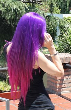 Pauli Pau's ridiculously gorge #ManicPanic color melt! Try Purple Haze and Hot Hot Pink.