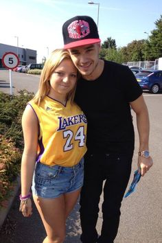 Anybody else remember Liam wearing a similar Lakers jersey..?