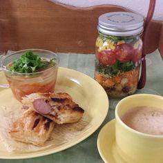 フランクパイとオニオンスープの朝食