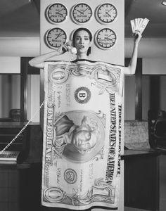 Robert Mapplethorpe Paris Fashion / Dovanna, 1984 Silver gelatin print x cm / 16 x 20 ins John Waters, Robert Mapplethorpe, Musa, Juergen Teller, Still Life Images, Sir Francis, Stunning Girls, Celebrity Portraits, Poses