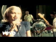 Banda: Sixpence None the Richer Canción: Kiss Me Álbum: Sixpence None the Richer Géneros: Pop, Pop rock, Dream pop, Música Cristiana Integrantes: Leigh Nash ...