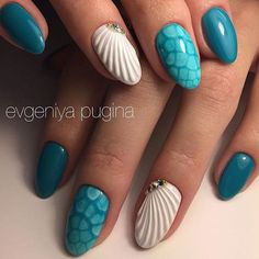 Nail Arts ❤️ Ocean Vibes - Beautiful Summer Nails Easy Rose Planting Article Body: Planting roses is Beach Nail Designs, Acrylic Nail Designs, Nail Art Designs, Acrylic Nails, Cute Nails, Pretty Nails, Seashell Nails, Sea Nails, Vacation Nails