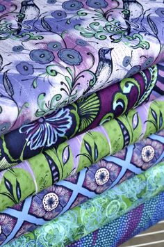 Big Sigh...fabrics in thistle colors...my favorite.