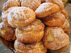 The Busty Baker: Cream Puffs