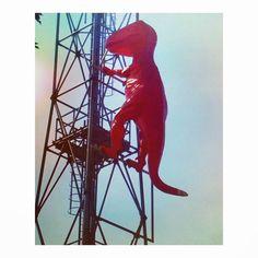 IL DINOSAURO  # dinosauro #art #arte #fotografia #fotografiska #milano #milan #expomilano #expo #dopoexpo #milanodavedere #milanodaamare #milanodavivere #milanodavisitare #ilmilaneseimbruttito #ilmilanese #cittadimilano #maciacchini #popart #popartist #milanoedintorni #streetart #streeartist #rosso #antenna by champagne_64