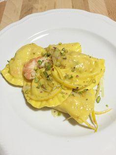 Ravioli alle mazzancolle in salsa di porro e agrumi