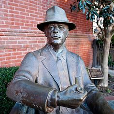 Sculpture of Faulkner by Bill Beckwith, who teaches in the University of Mississippi Department of Art