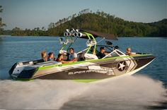 New 2014 Nautique Boats Super Air Nautique G25 Ski and Wakeboard Boat Photos- iboats.com