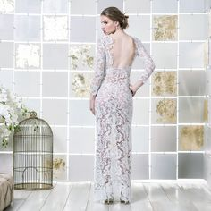 Gio Rodrigues kristiana Wedding Dress lovely tight wedding dress  guipur lace flower motif engaged inspiration unique gorgeous elegant bride