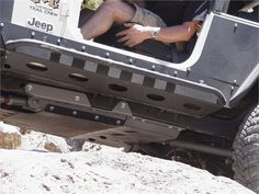 TnT Jeep LJ Rock Sliders Guardian