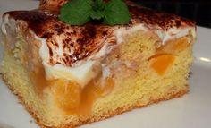 Nebíčko v tlamičce - křehké oříškové půlměsíčky Eastern European Recipes, French Toast, Cheesecake, Dessert Recipes, Rolls, Food And Drink, Pie, Pudding, Yummy Food