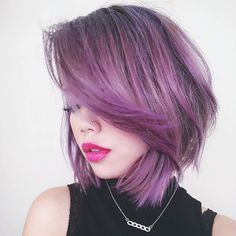 Side view. Dat purpz. Also new video is up on my channel! Link will be in the bio like always. #sparkhaircolor in #purplepassion #bob #hotd #pastel #grannyhair #greyhair #lavenderhair #purplehair #lilachair #bluehair #periwinkle #ashblonde #olaplex #behindethechair #modernsalon #fotd #motd by lazybumtotbeauty