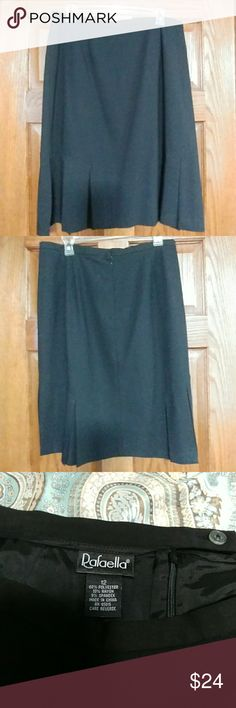 Rafaella Ladies Black Size 12 Skirt Like new condition. Comes from smoke free home. Has pleats in it. It is lined. Rafaella Skirts Midi