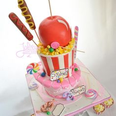 Circus themed cake - Cake by Jolirose Cake Shop