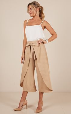 Complete your look with the One Way Ticket Pants In Beige Stripe from Showpo! Buy now, wear tomorrow with easy returns available. Tie Up Shirt, Crop Shirt, Cute Pants Outfits, Palazzo Pants Online, Cotton Palazzo Pants, Fashion 2020, Women's Fashion, Plazzo Pants, Outfit Office