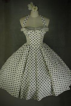 A beautiful vintage dress.