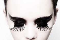 Celeb Makeup Artist Chris Chau Shares Tips on DIY Avant-Garde Makeup