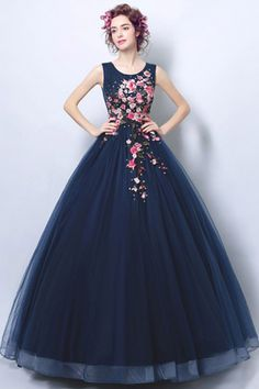 Dark Navy Blue Ball Gown Formal Prom Dress With Applique - Prom Dresses Design Vintage Ball Gowns, Blue Ball Gowns, Ball Gown Dresses, Vintage Dresses, Cute Prom Dresses, Tulle Prom Dress, Elegant Dresses, Evening Dresses Online, Evening Gowns