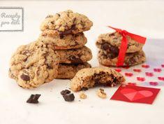 Valentýn se blíží, upečte s dětmi americké cookies | Recepty pro děti Cookies, Desserts, Food, Crack Crackers, Tailgate Desserts, Deserts, Biscuits, Essen, Postres