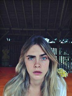Cara Delevingne in Bali, Indonesia - Cara Delevigne Tumblr, Cara Delevingne Photoshoot, Freedom Girl, Cara Delvingne, Belle Photo, Girl Crushes, Pretty Woman, Supermodels, Eyebrows