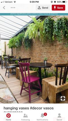 Design cafe wall restaurant interiors Ideas for 2019 Patio Privacy Screen, Green Chandeliers, Cafe Wall, Patio Plants, Outdoor Furniture Sets, Outdoor Decor, Layout Design, Wall Design, Cool House Designs