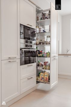 There is no question that designing a new kitchen layout for a large kitchen is much easier than for a small kitchen. A large kitchen provides a designer with adequate space to incorporate many convenient kitchen accessories such as wall ovens, raised. Kitchen Cabinet Design, Interior Design Living Room, Kitchen Cabinets, Kitchen Flooring, Kitchen Island, Smart Kitchen, Kitchen Pantry, Kitchen Storage, Kitchen Furniture