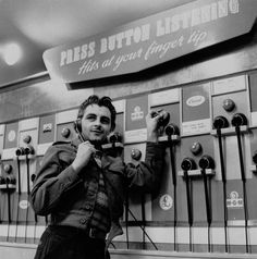34 Nostalgic Pictures Of HMV Oxford Street Spanning 70 Years