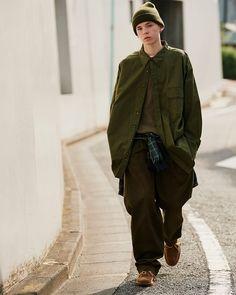 Men Fashion Photo, Fashion Images, Boy Fashion, Fashion Styles, Style Fashion, Cheap Streetwear, Fashion Silhouette, Stylish Mens Fashion, Man Photography