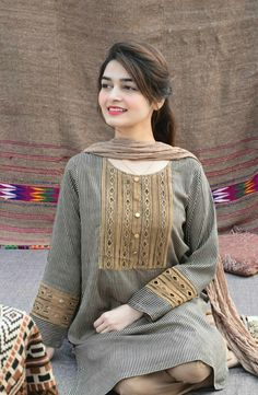 Indian Fashion Tips - Source by -.Indian Fashion Tips - Source by - Stylish Dresses For Girls, Stylish Dress Designs, Dresses Elegant, Casual Dresses, Pakistani Fashion Party Wear, Pakistani Outfits, Indian Fashion, Pakistani Girl, Indian Outfits