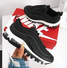 46ff4df73a0 Tendance Sneakers 2018   Femme Air Max 97 Noir Noir Blanche Noir - Natty Do  -