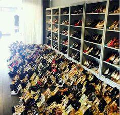 47 new Ideas kim kardashian closet room rachel zoe Rachel Zoe, Kim Kardashian Closet, Rich Kids Of Dubai, Instagram Snap, Walk In Wardrobe, Shoe Closet, Closet Rooms, Bag Closet, Shoe Shop