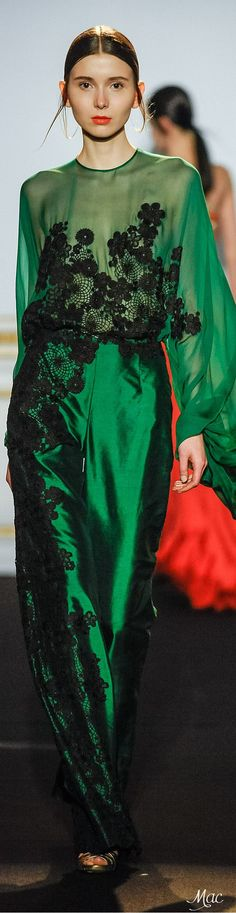 Top Green Gowns with Black Trim Runway Fashion - Inspiration by Color Green Fashion, High Fashion, Color Fashion, Couture Fashion, Runway Fashion, Beautiful Gowns, Shades Of Green, Green Dress, Frocks