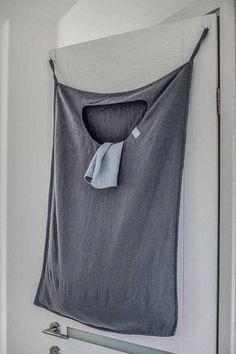 Hanging washing basket