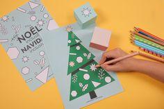 Le coloriage de Noël par les dés - Blog Hop'Toys Playing Cards, Blog, Glue Sticks, Noel, Color Pencil Picture, Children, Playing Card Games, Blogging, Game Cards