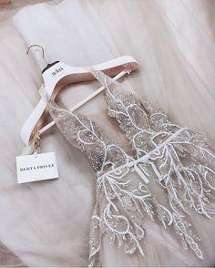 #BERTA Privée | #Bridal goals How To Dress For A Wedding, V Neck Wedding Dress, Wedding Party Dresses, Wedding Dress Necklines, Bridal Dresses, Dresses Elegant, Pretty Dresses, Beautiful Dresses, Gorgeous Dress