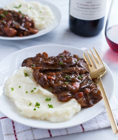 Vegan Mushroom Bourguignon- the perfect meal for a romantic night in! (gluten-free)