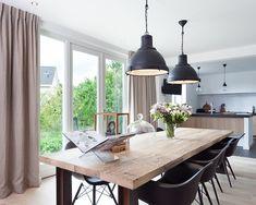 Een landelijk interieur kan met de juiste mix van materialen en meubels er ineens heel stijlvol uitzien. Geen felle kleuren,..