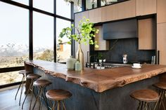 Do you see that live edge counter? We are totally crushing on it! Live Edge Bar, Live Edge Table, Küchen Design, House Design, China Hutch Decor, Industrial Kitchen Design, Cuisines Design, Furniture Styles, Basement Remodeling
