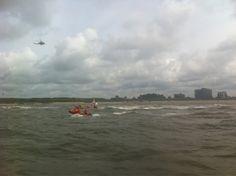 KNRM Wijk aan Zee - Vanmiddag meegezocht naar vermoedelijke zwemmer in problemen. Met onder meer station Egmond, heli en vliegtuig.