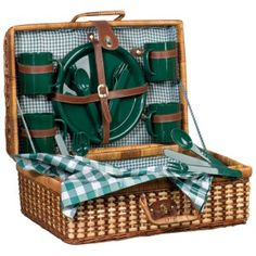 Promotional Rattan picnic basket (Item: from plain or branded by - Promotional Products & Items Picnic Box, Vintage Picnic Basket, Wicker Picnic Basket, Lunchbox Design, Wedding Gift Baskets, Restaurant Concept, Sewing Baskets, Cafe Design, Online Gifts
