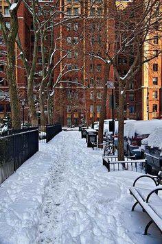 Snowy street in Manhattan