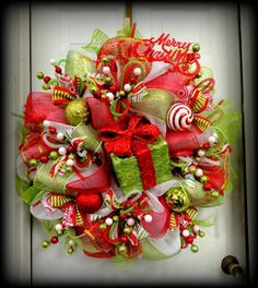unique handmade christmas wreaths mesh christmas wreath ideas traditional colors