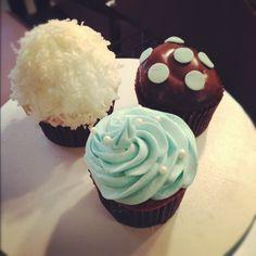 Cookie Crumbs- Baby shower cupcakes.