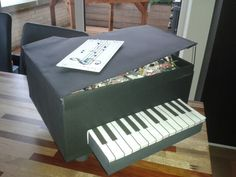 Piano surprise Piano, Recycling, Sisters, Creativity, Gifts, Gift Ideas, Music, Presents, Gift