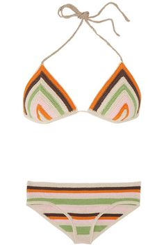 Claudia Schiffer swim