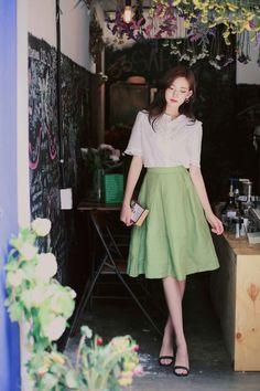 Korean Fashion Trends you can Steal – Designer Fashion Tips Modest Fashion, Girl Fashion, Fashion Outfits, Korean Fashion Trends, Asian Fashion, Wedding Attire For Women, Korea Dress, Simple Dress Pattern, Corporate Attire